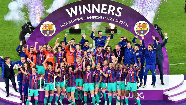 ovasports-barcelona-women-champions-league_5384455