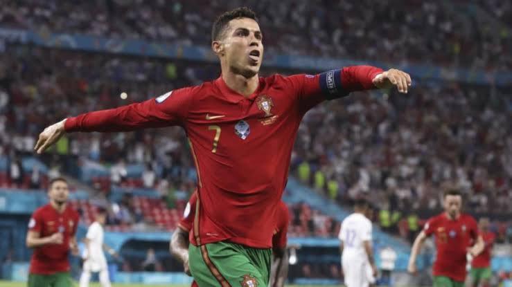Cristiano Ronaldo ovasports
